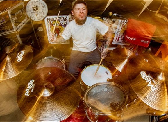 Paiste_Gallery_May_James_550_400.jpg